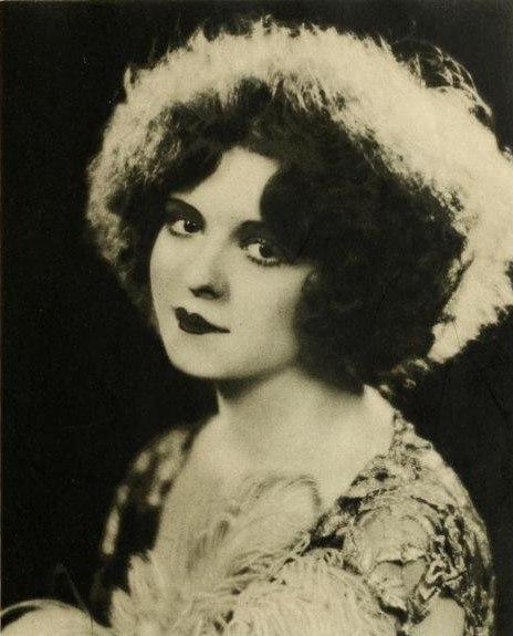 Clara Bow, Stars of the Photoplay