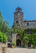 Clock tower in Bruniquel.jpg