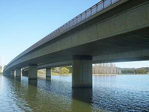 Bega schoolgirl murders - Commonwealth Avenue Bridge over Lake Burley Griffin, Canberra