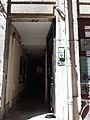 Cour des Voraces - Entrée de la traboule rue Imbert-Colomès.jpg