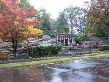 """Résultat de recherche d'images pour """"Cemetery on Poplar Avenue in Memphis"""""""