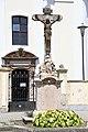Császár, templom előtti kőkereszt 2021 01.jpg