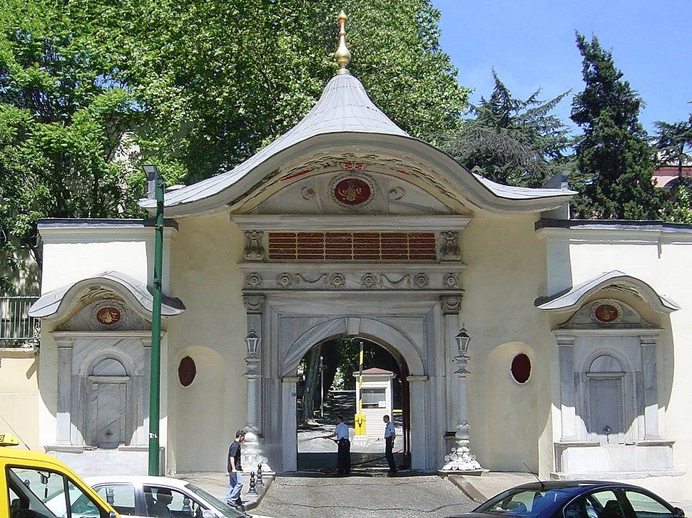 DSC04009 Istanbul - La Sublime Porta - Foto G. Dall'Orto 25-5-2006