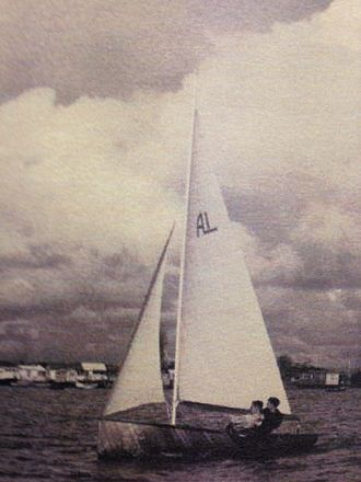 Albacore (dinghy) - Lowe and Dollery on Albacore 1