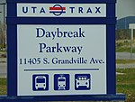 Daybreak Parkway station street sign, Apr 16.jpg