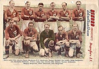 Degerfors IF - Degerfors 42–43 Allsvenskan squad with Gunnar Nordahl.