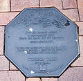 Denis Clover memorial plaque in Dunedin.jpg