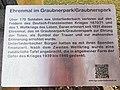 Denkmal für die Gefallenen der beiden Weltkriege Unterliederbach Graubnerpark Tafel.jpg