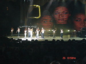 "Lose My Breath - Destiny's Child performing ""Lose My Breath"" in 2005 during a stop of Destiny Fulfilled ... And Lovin' It."