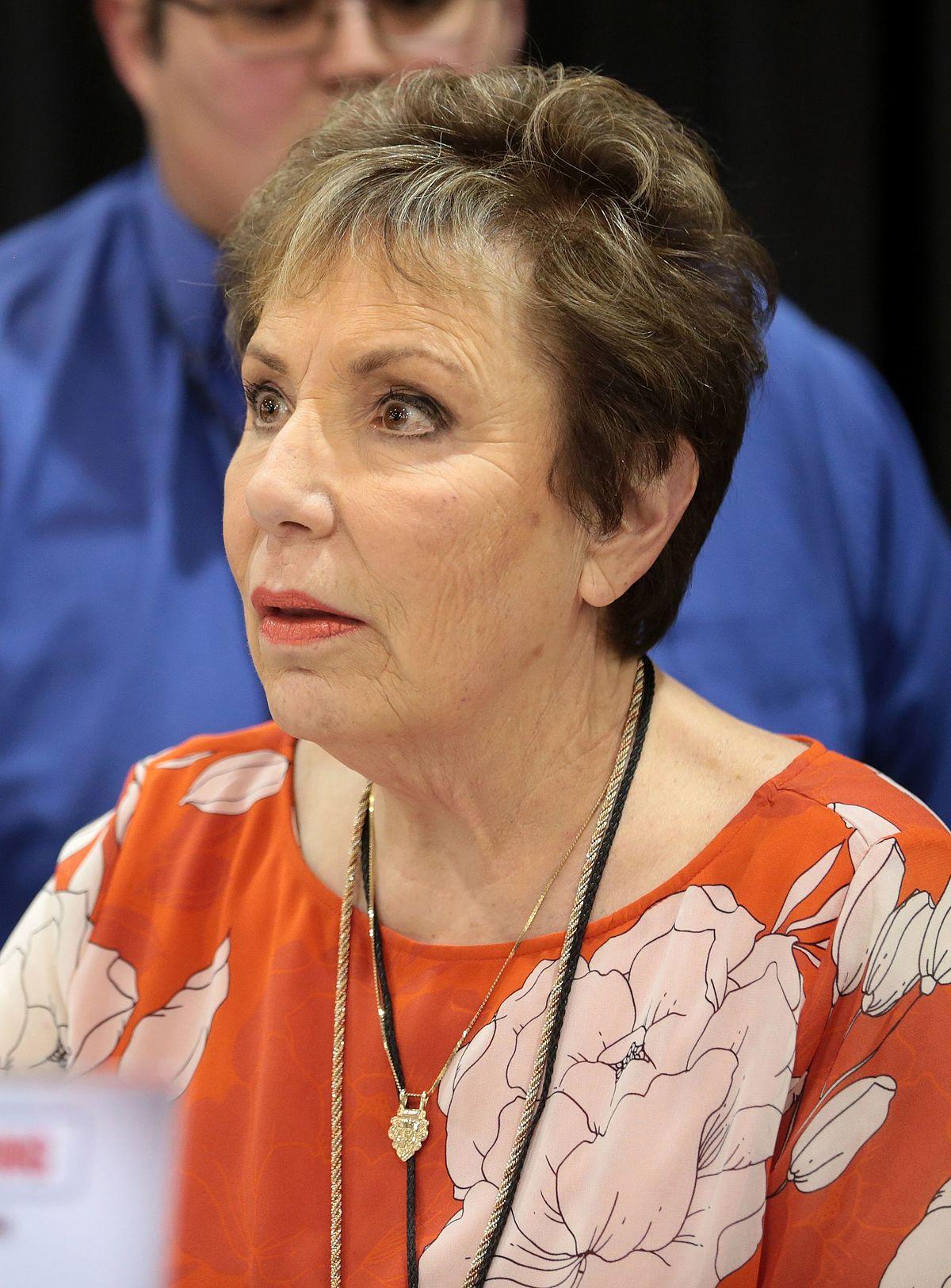 Diane Pershing - Wikipedia Group Singing Images