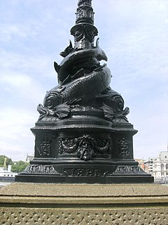 lamp design used on the Thames Embankment, London