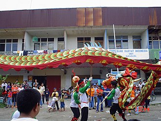 Sukadana - Dragon dance liong at Sukadana