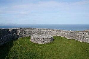 Dún Aonghasa - Interior of Dún Eochla