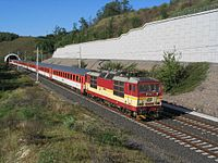 EC 370 at Mlčechvosty tunnel.jpeg