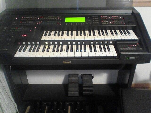 EL-900m