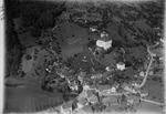 ETH-BIB-Schloss und Städtlein Werdenberg im St. Galler Rheintal aus 200 m-Inlandflüge-LBS MH01-002784.tif