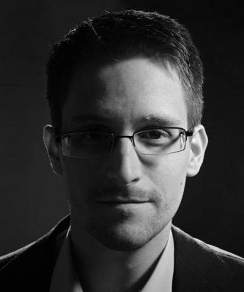 File:Edward-Snowden-FOPF-2014.jpg