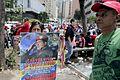 El pueblo venezolano acompañó los restos de su presidente Hugo Chávez Frías en la Academia Militar (8539065232).jpg