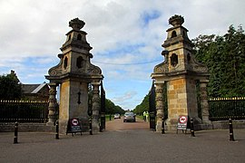 Entrance to Blenheim Palace Park - geograph.org.uk - 1481987.jpg