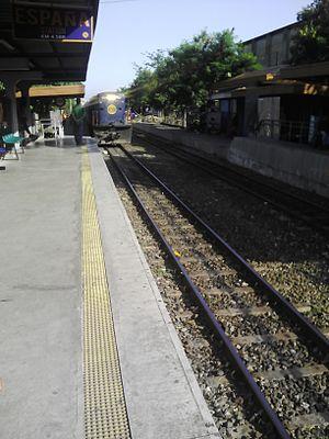 España railway station - Train approaching the station.
