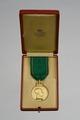 Etui till medalj 1160, Svenska Kennelklubbens guldmedalj - Livrustkammaren - 86014.tif