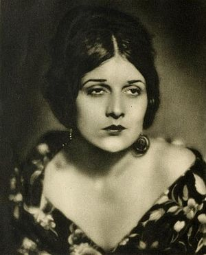 Evelyn Brent - Evelyn Brent in Stars of the Photoplay.