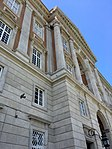 Exterior palacio Caserta 01.jpg