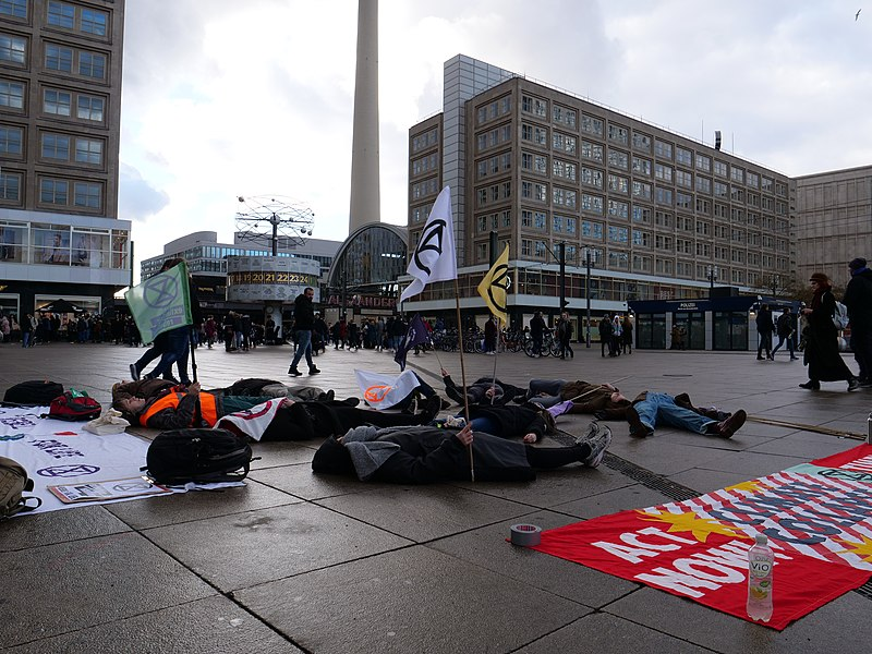 File:Extinction Rebellion Die-in at the Alexanderplatz 09-02-2019 03.jpg