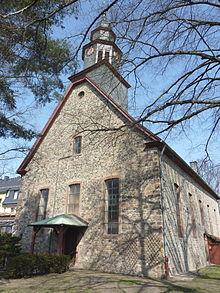 Px Ffm Praunheim Auferstehungskirche Sued Ansicht