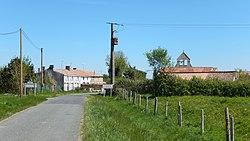 FR 17 Saint-Laurent-de-la-Barrière - Route départementale 212.jpg