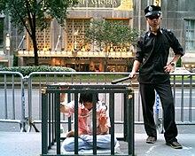 Falun Gong Demonstration.jpg