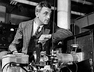 Felix Bloch - Felix Bloch in the lab, 1950s