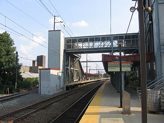 Fern Rock Transportation Center - Image: Fern Rock Rail Station