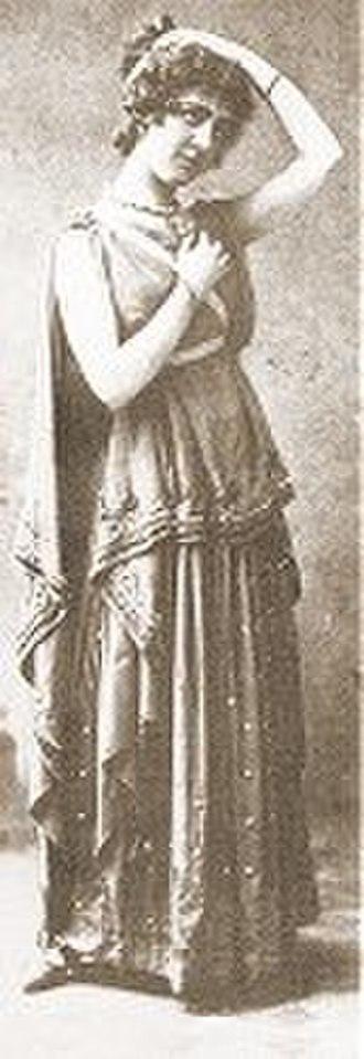 Florence Perry - Lisa, Act II