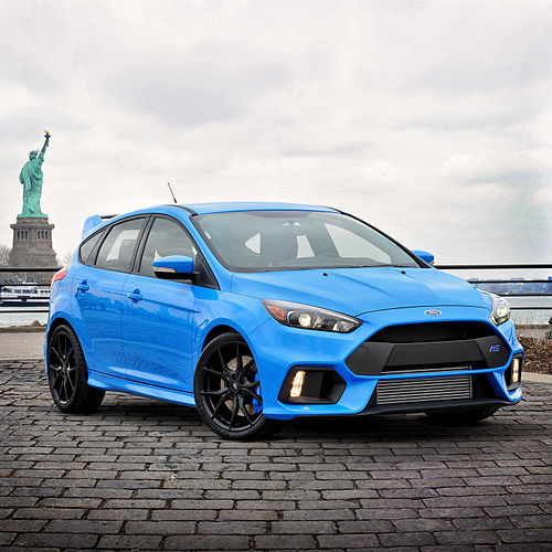 синий автомобиль ford focus rs  № 215619 загрузить