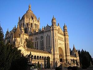 Basílica de Santa Teresa, Lisieux
