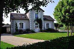 Francillon - Mairie.JPG
