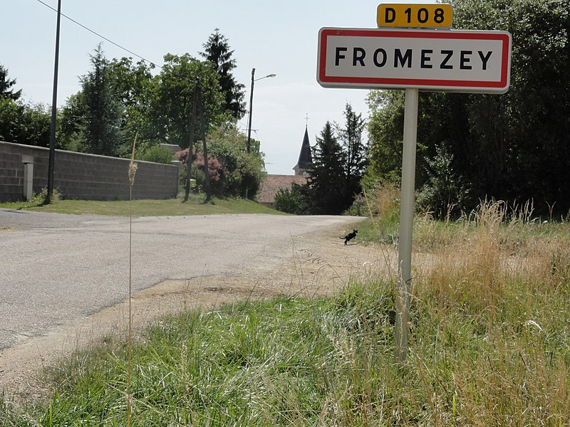 Fromezey (Meuse) city limit sign
