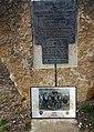 Gedenkstein zur Notlandung 1943.jpg
