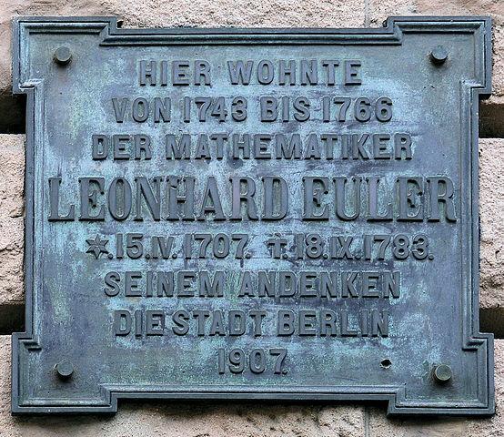 Мемориальная доска на доме Эйлера в Берлине