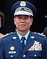 General Liu Chen-wu 空軍司令劉震武上將 (ROCAF Thundertigers Pilots Salute to ROCAF Commander General Liu on Review Stand 20130601).jpg