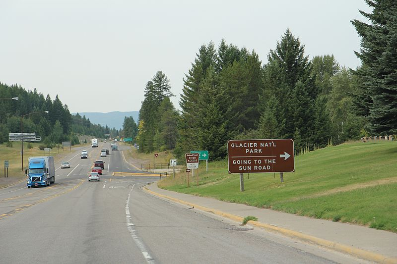 File:Going to the Sun West Terminus on US2.jpg
