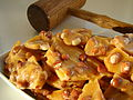 Golden peanut brittle.jpg