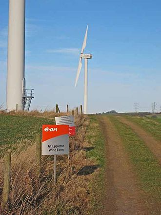 Great Eppleton Wind Farm - Twin-bladed turbines at Great Eppleton Wind Farm