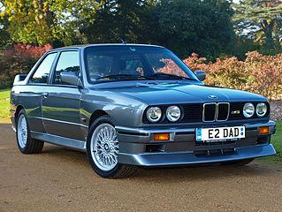 319px-Grey_BMW_M3_E30_fr.jpg