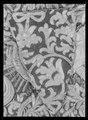 Hästtäcke ur en serie av sex (6042-6047) tillhörande drottning Kristinas kröningskaross med trofémotiv - Livrustkammaren - 27679.tif