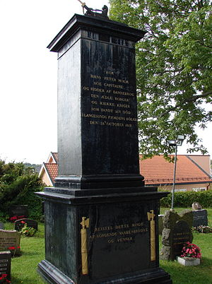 Hans Peter Holm - Memorial in Langesund Churchyard for Hans Peter Holm. The inscription (translated) reads: For Hans Peter Holm, Sea Captain and Knight of the Dannebrog, the honoured citizen and brave warrior who found his death in the waves of Langesund Fjord 26 October 1812.  This memorial was raised by his grieving comrades-in-arms and friends.
