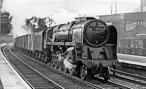 Harringay railway station - Down 'Blue Spot' fish empties passing in 1958