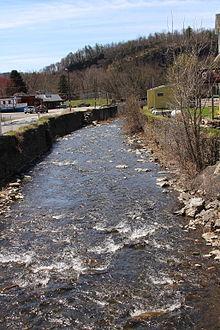 Harveys Creek - Wikipedia