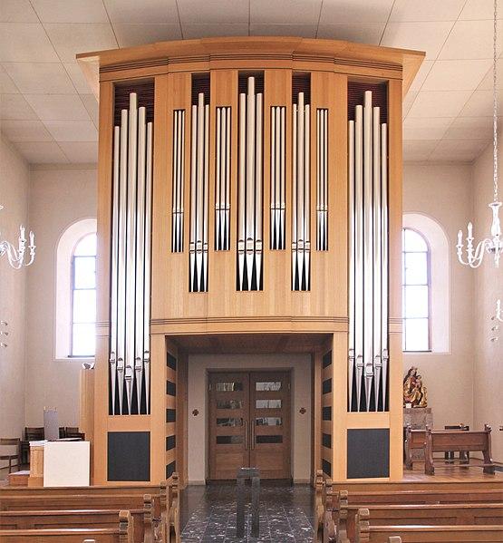 Datei:Haueneberstein-St Bartholomaeus-65-innen zur Orgel-gje.jpg